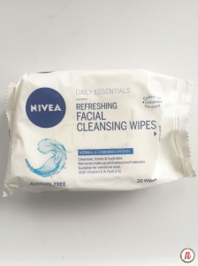 nivea daily essentials refreshing cleansing wipes- newlune