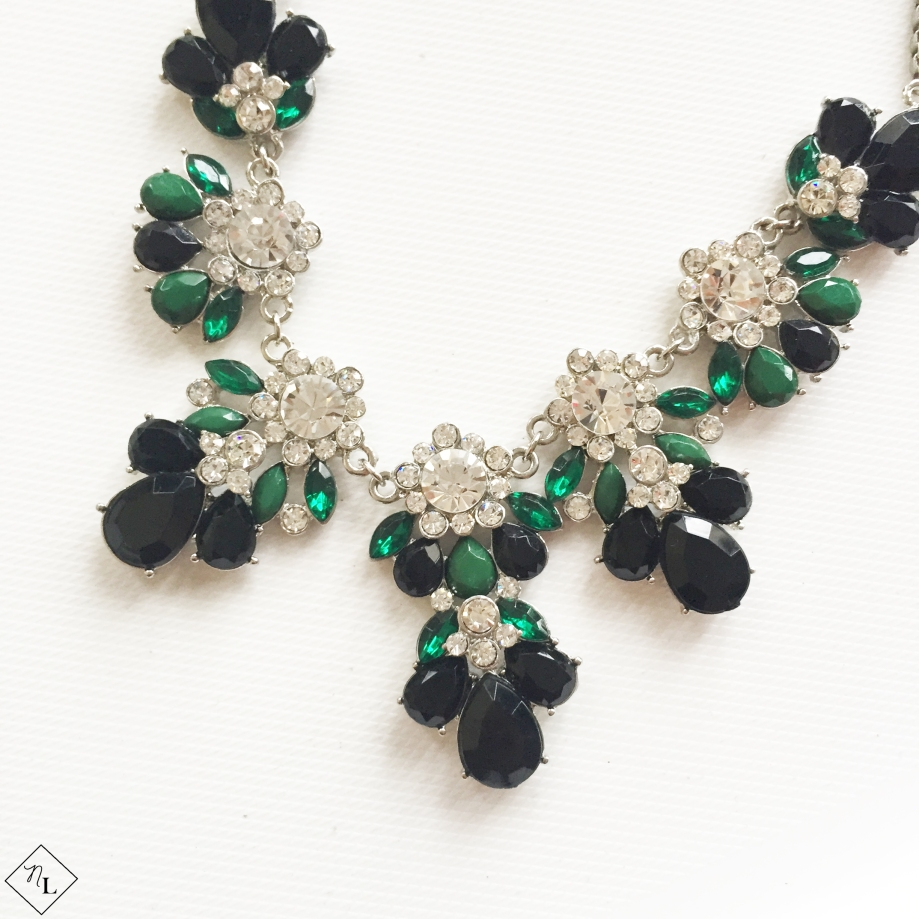 green-white-black-necklace-closeup-newlune