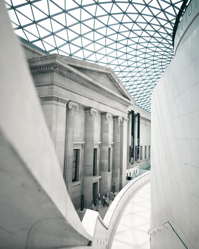 london instagram hotspot guide - the british museum - new lune