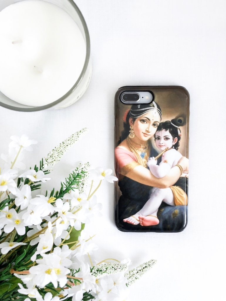 a special phone case - personalised phone case - gocustomized - krishna - yashoda - new lune - custom phone case