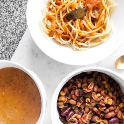 3 healthy lunch ideas for school uni - new lune - schwartz spaghetti bolognese - lamb beef