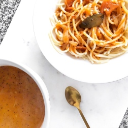 3 healthy lunch ideas for school uni - new lune - schwartz spaghetti bolognese - tesco
