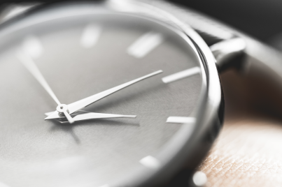 5 productive things you can do right now - gift - watch - new lune