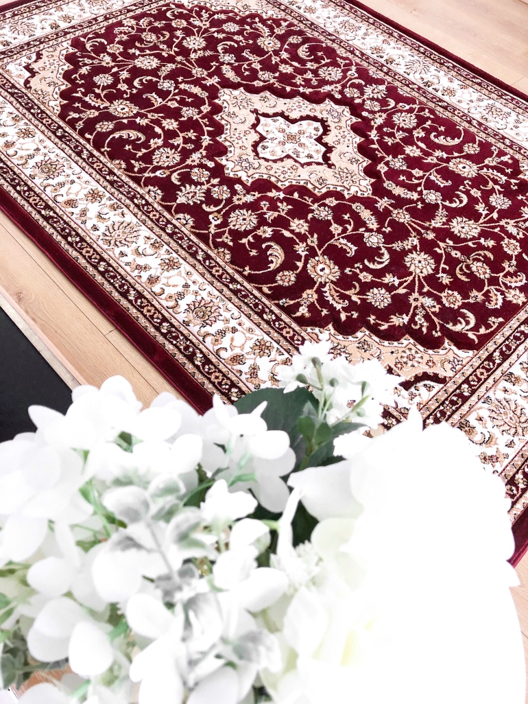 5 ways to decorate and brighten your rented home - new lune - ornatus - rug