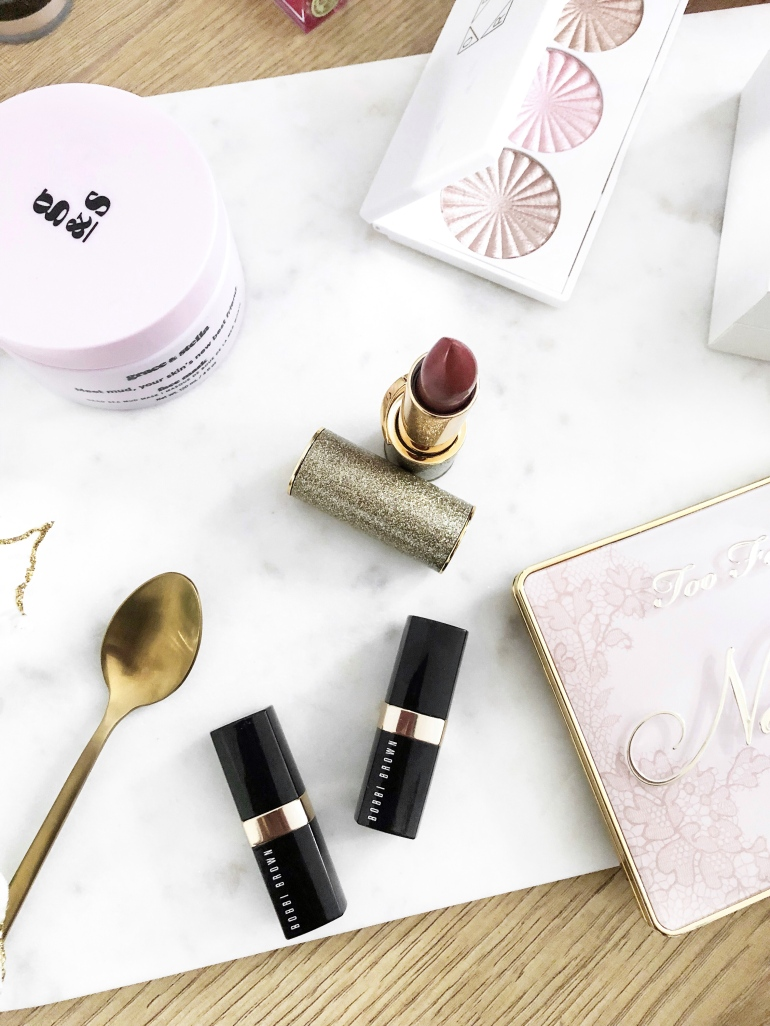 a valentine's day gift guide - for the makeup lovers - new lune