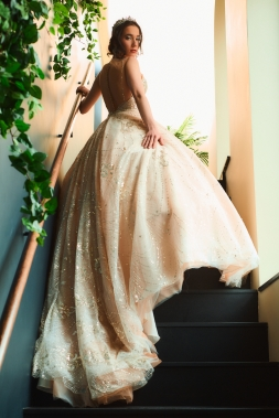 5 things to do that will make your life memorable - new lune - meyer studios - bridal